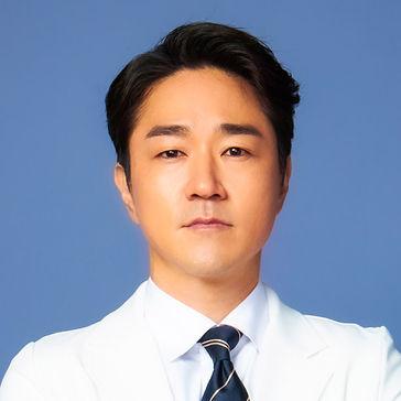 韓劇《靈魂維修工》劇情人物介紹(申河均、庭沼珉) 3